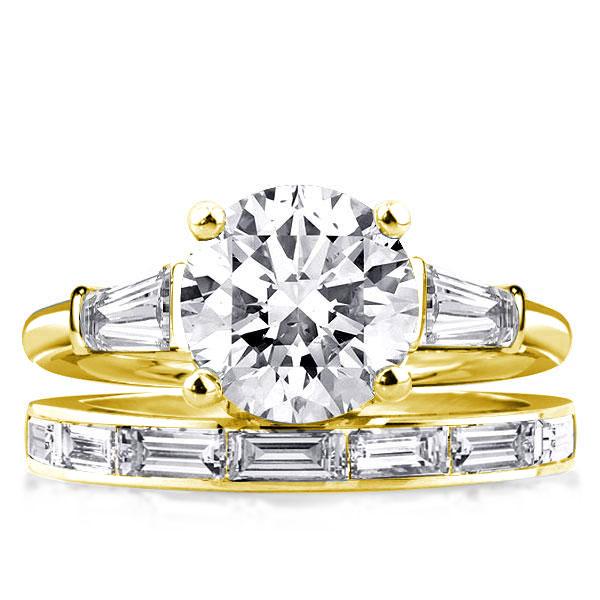 Golden Three Stone Round & Baguette Bridal Set, White