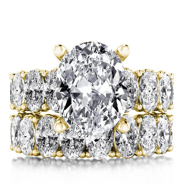 Gold Oval Cut Bridal Set, White