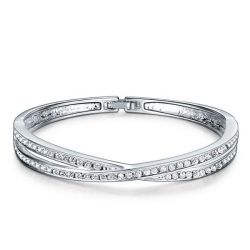 Fashion Twist  Design Round Cut Bracelet For Women