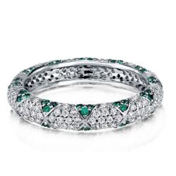 Flower Design Round Cut Green Wedding Band