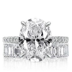 Classic Oval & Baguette Cut Bridal Set