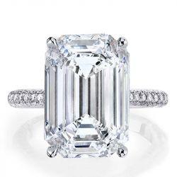 Italo Classic Emerald Created White Sapphire Engagement Ring