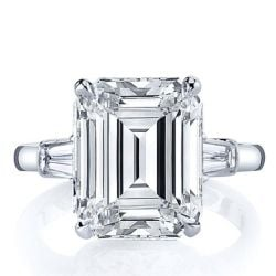 Emerald Cut With Trapezoid Side Stones
