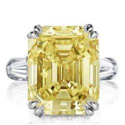 Italo Three Stone Emerald Created Topaz Engagement Ring