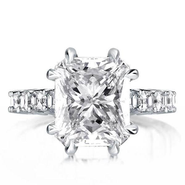 Princess Cut Ring, a Modern Take on Tradition