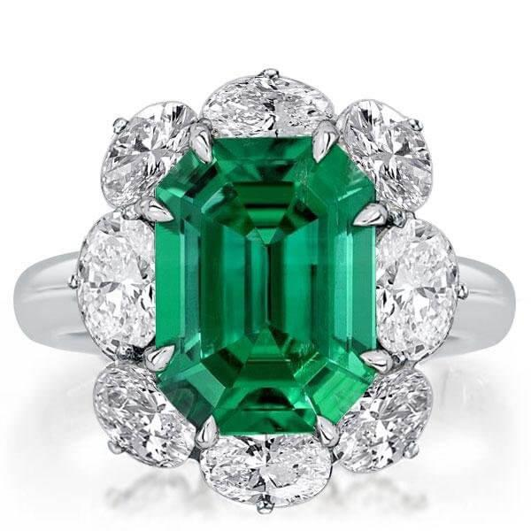 For Brides Who Dare to Be Different: Colored Stones engagement rings