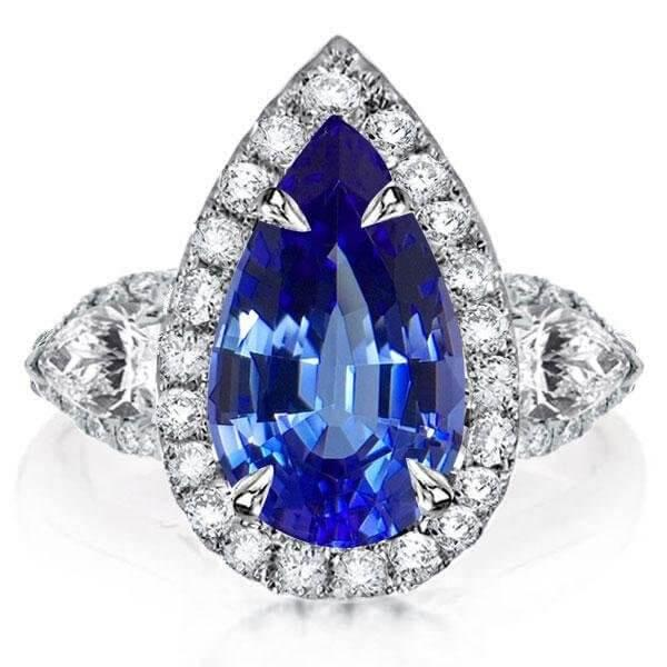 ARE BLUE SAPPHIRE ENGAGEMENT RINGS A NEW TREND?