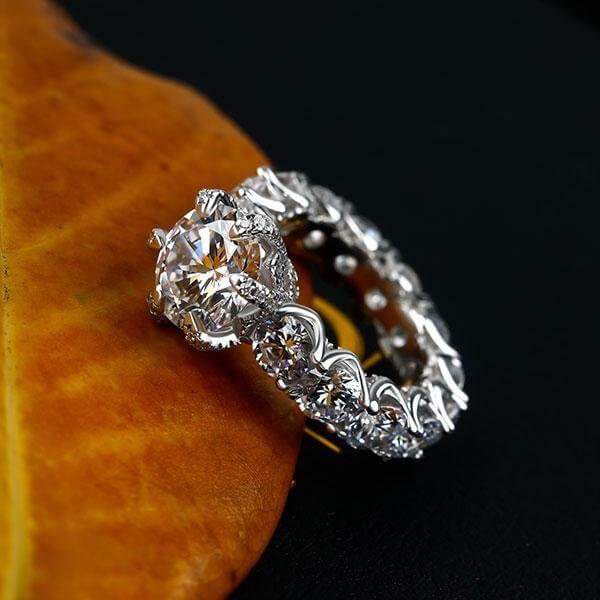 White Sapphire Engagement Ring / Italojewelry blog